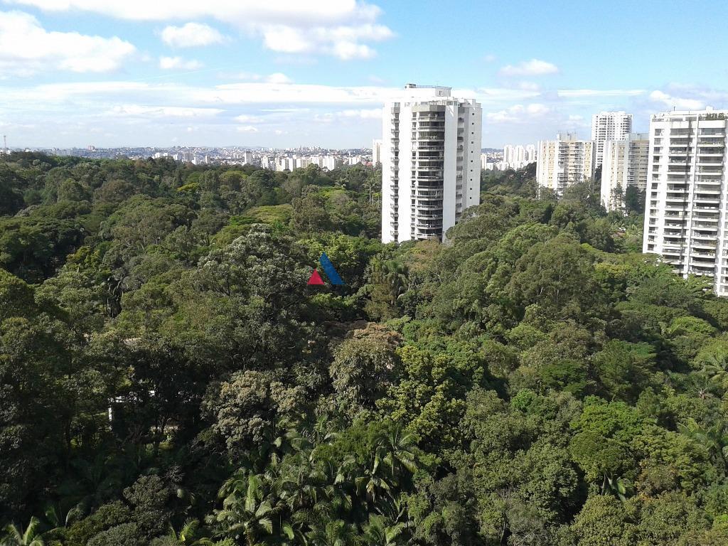 apartamento reformado, com ar condicionadocondomínio com 60.000m2 de área total, com bosque privativo3 quadras poli ,...