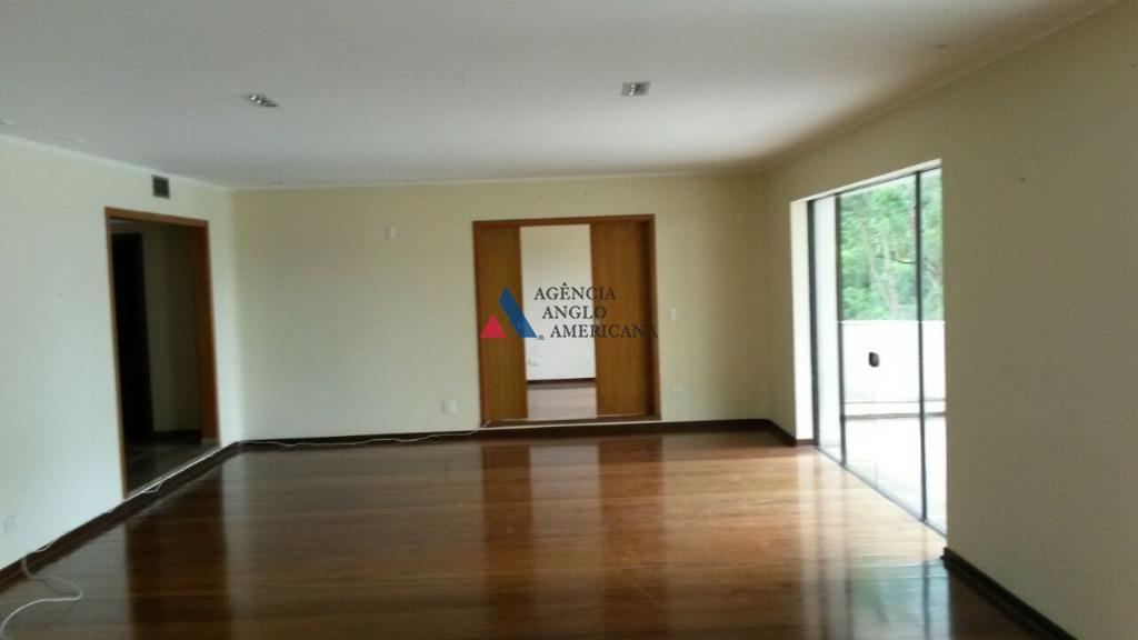 apartamento amplo e confortável, em rua tranquila e seguraedifício com boa área de lazer, incluindo piscina...