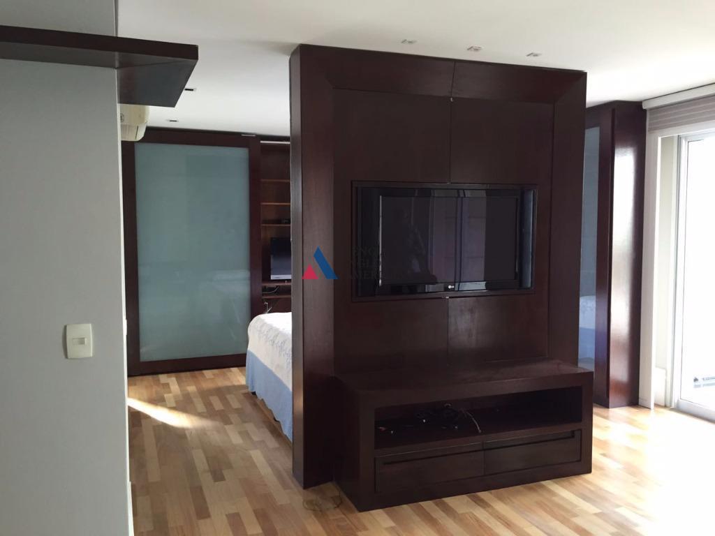 condomínio diogo homeapartamento mobiliadoar condicionadoterraço com cortina de vidro2 vagasárea de lazer completa