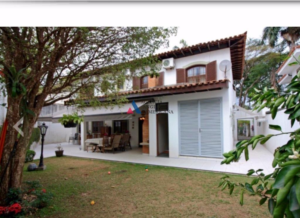 belíssima residência térrea, em rua sem saída, próximo da cidade universitária.são 3 suites + escritório +...