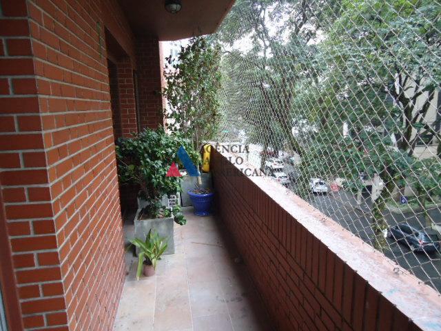 apartamento - locação - belo apartamento no itaim bibi com 245 m2 em local privilegiado por...