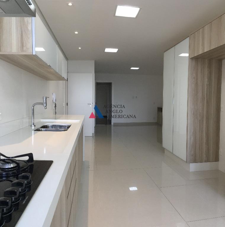 Apartamento em condomínio fechado para locação, Alto da Boa Vista, São Paulo.