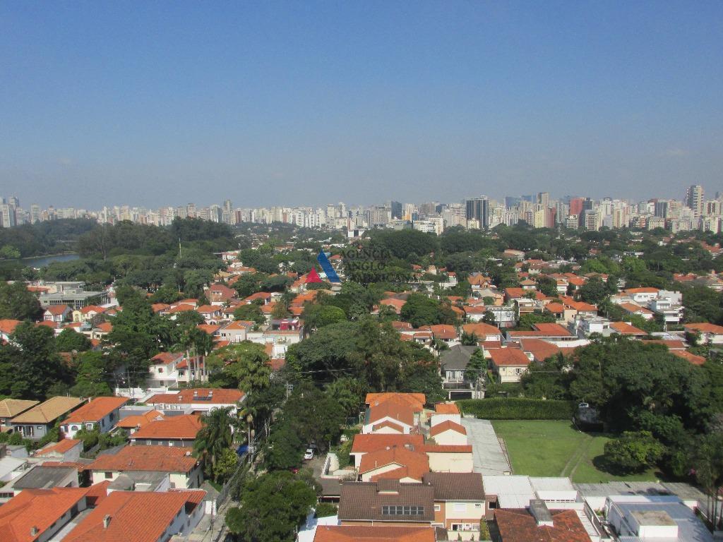 apartamento magnífico, com vista para o parque ibirapueraamplo, arejado, iluminado4 suítes, todos com armários e ar...