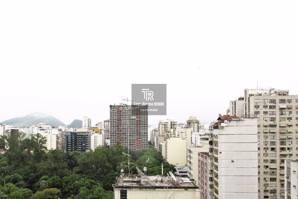 Apartamento 55m² com Garagem, Piscina e Sauna - Jardim Icaraí
