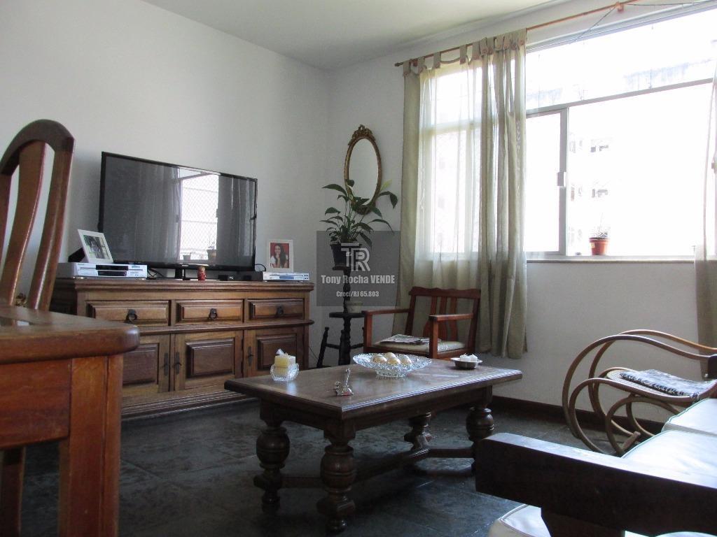 Oportunidade 4 Dormitórios com Vaga no Miolo de Icaraí
