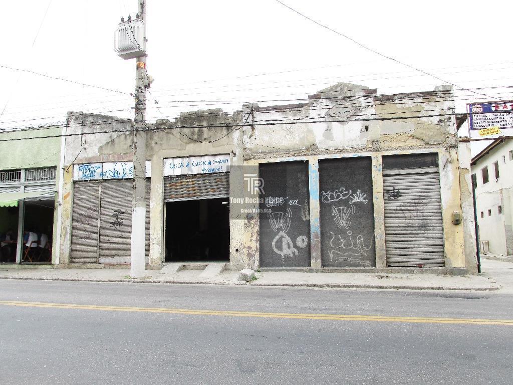 Oportunidade Galpão 400m² na Rua Dr. March - Barreto