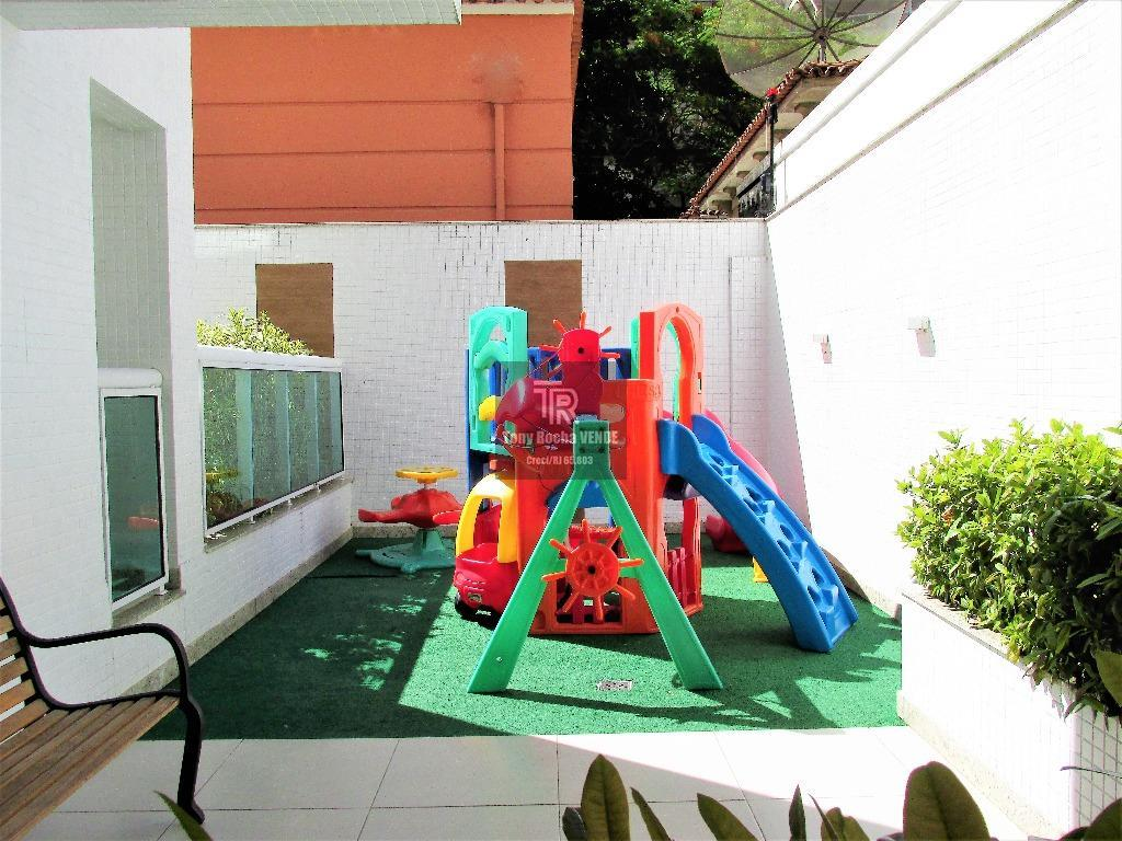 tony rocha vende: exuberante cobertura linear no jardim icaraí, zona sul de niterói. imóvel composto por...
