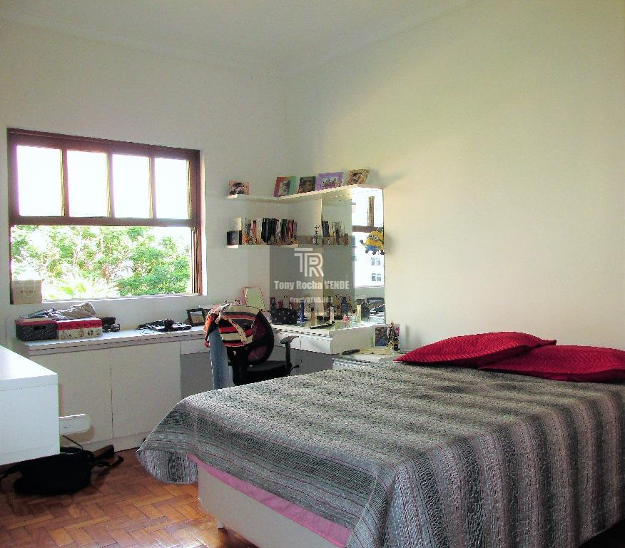 tony rocha vende: excelente casa no ingá, zona sul da cidade de niterói. imóvel composto por...