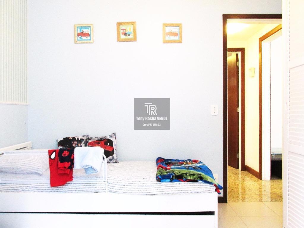 tony rocha vende: excelente apartamento no jardim icaraí, em condomínio de altíssimo padrão. imóvel composto por...