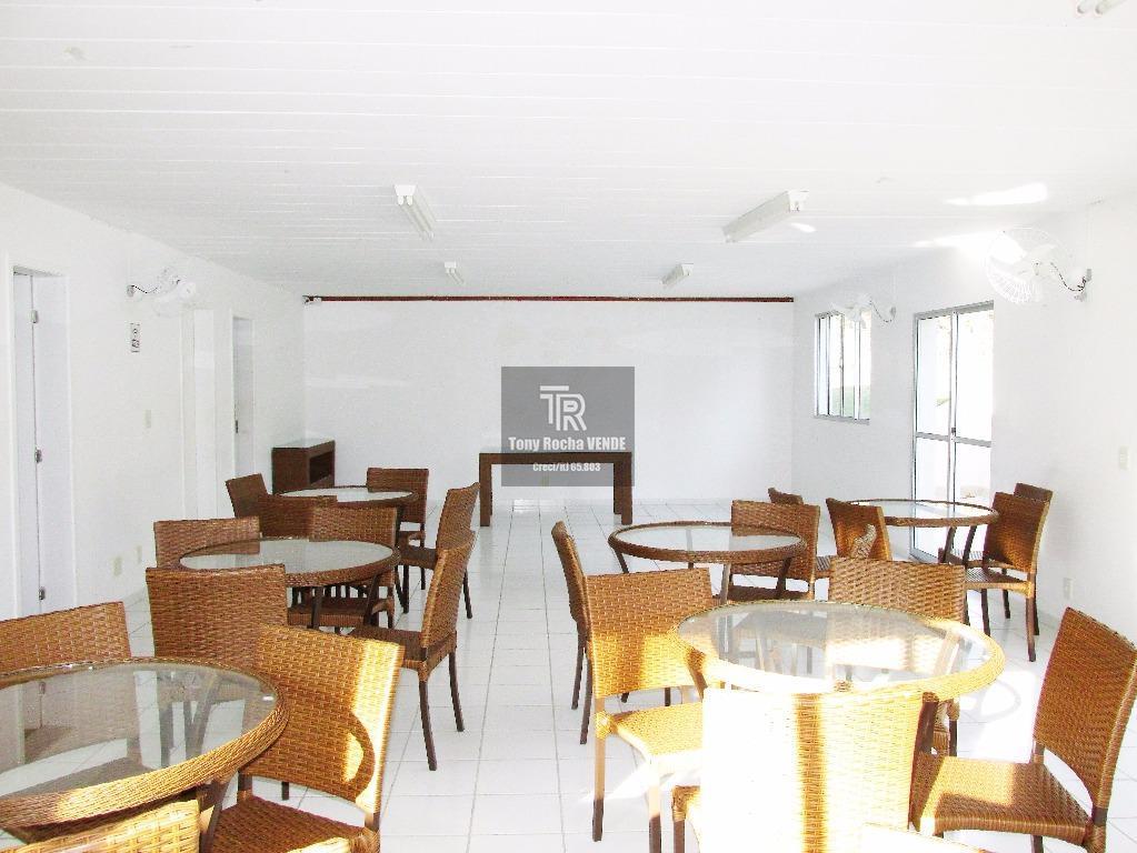 tony rocha vende: excelente cobertura em maria paula, zona norte de niterói. imóvel composto por 3...