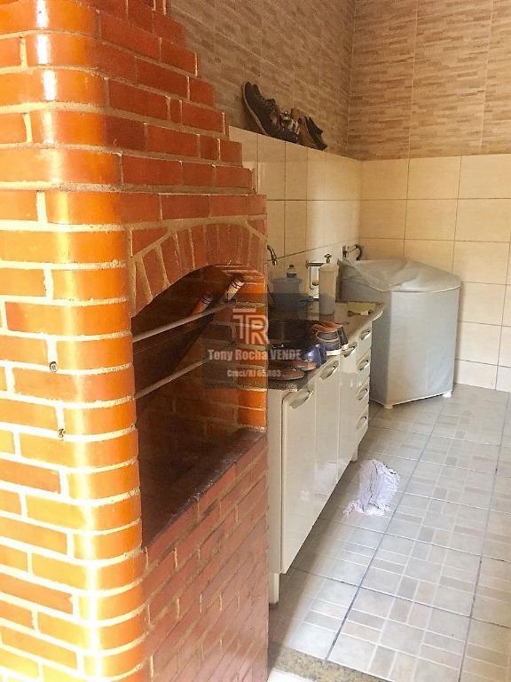 Excelente Casa de Vila 3 Quartos, 2 Vagas e Churrasqueira - Zé Garoto