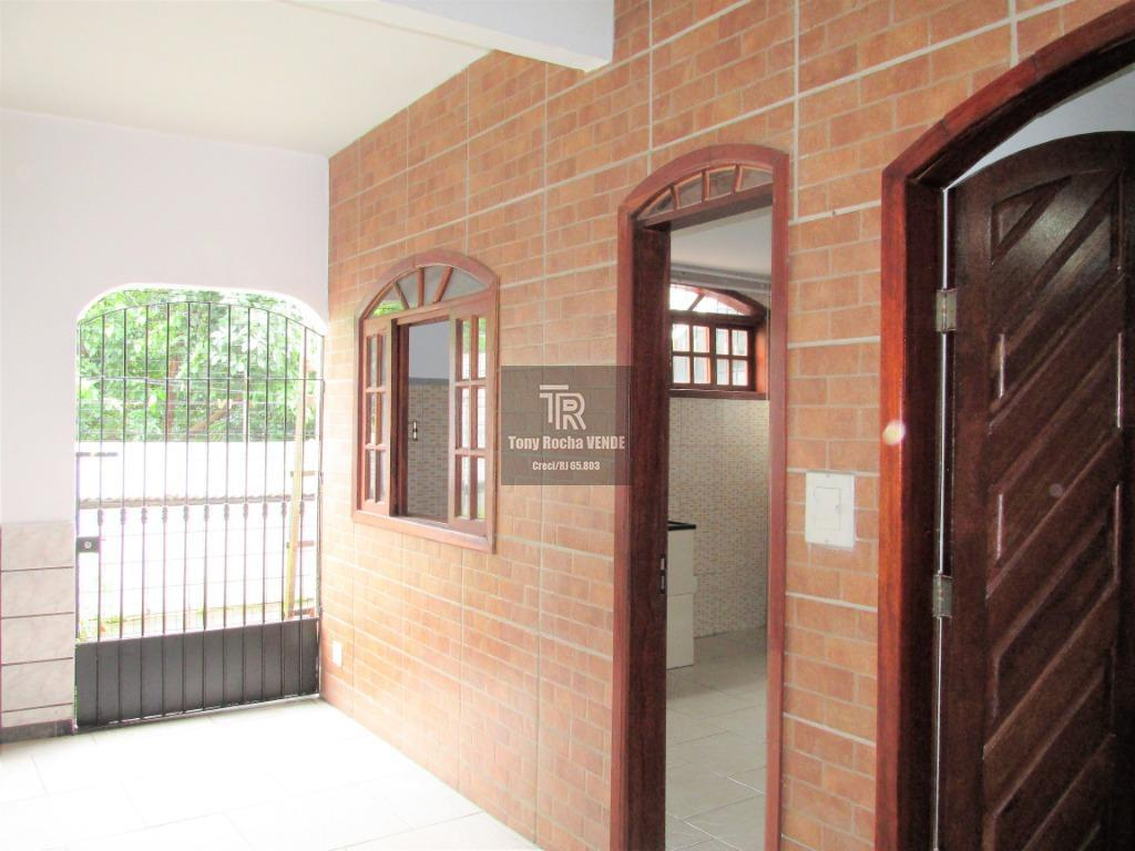 Casa 2 Quartos, Suíte e Garagem - Fonseca