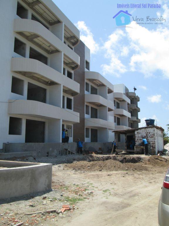 repasse de apartamento, no térreo, no costa bella residence . apenas 60 m da praia de...