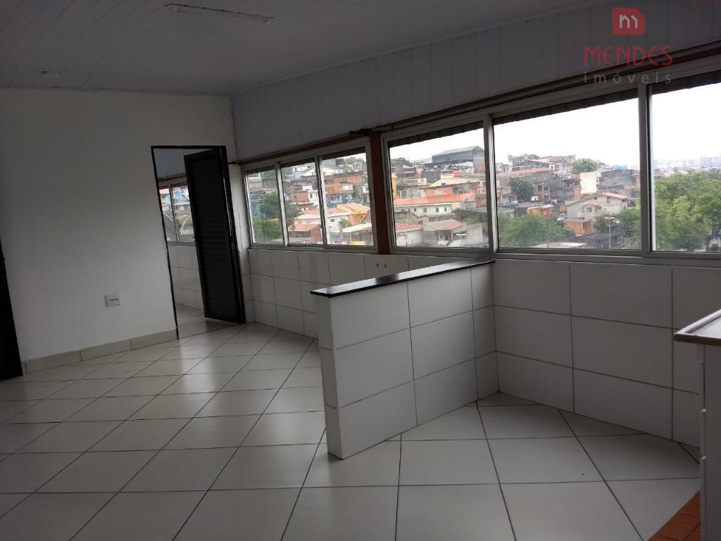 02 dormitórios, sem vaga - Jd Brasilia (ZL)
