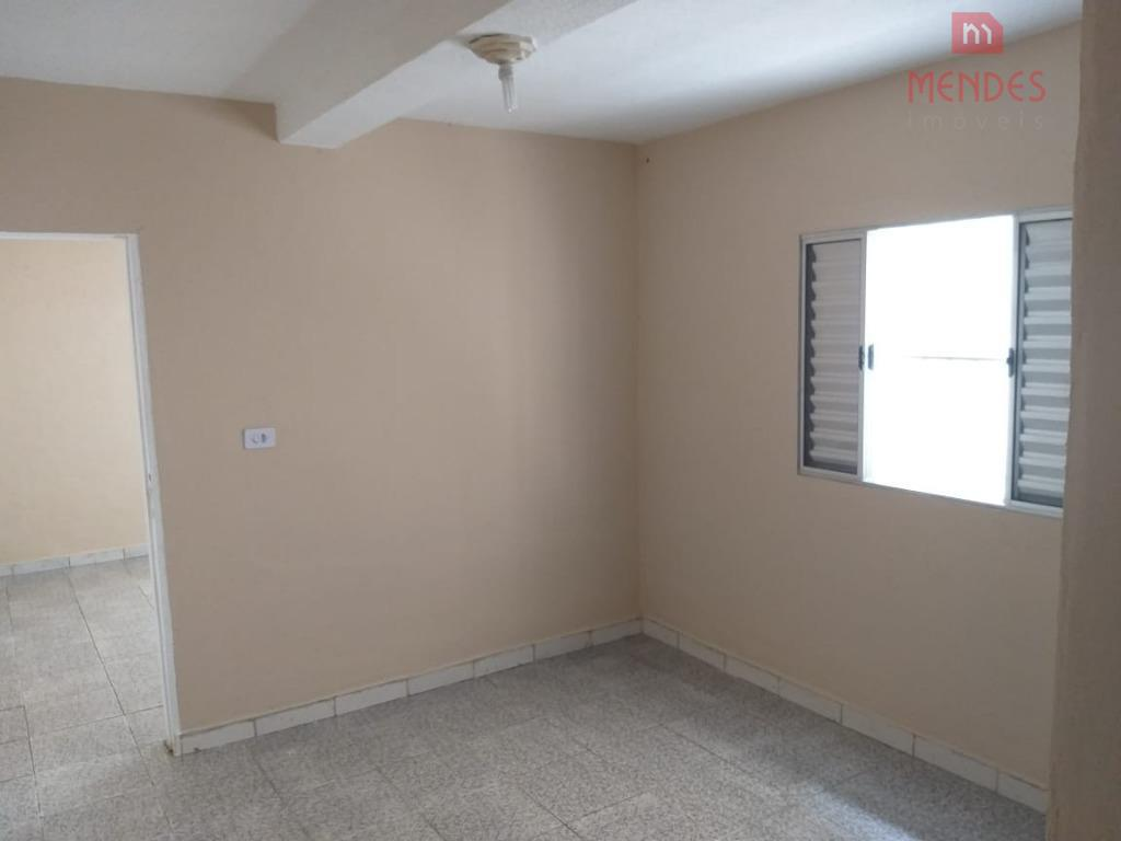 imóvel na cidade líder - 700m do shopping aricanduva.02 dormitórios, sala, cozinha, banheiro e lavanderia.sem vaga...