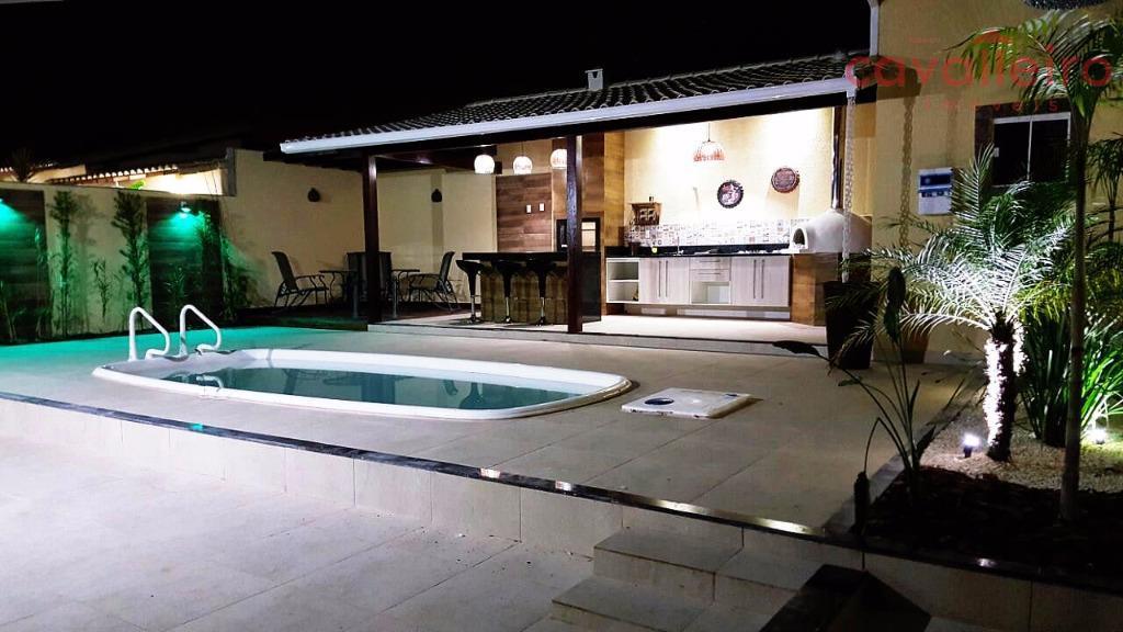 Casa 3 Quartos sendo 2 Suítes com Área Gourmet, em Condominio, Maricá - CA1806.
