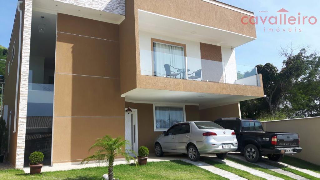 Casa de alto padrão em condomínio na entrada de Itaipuaçu