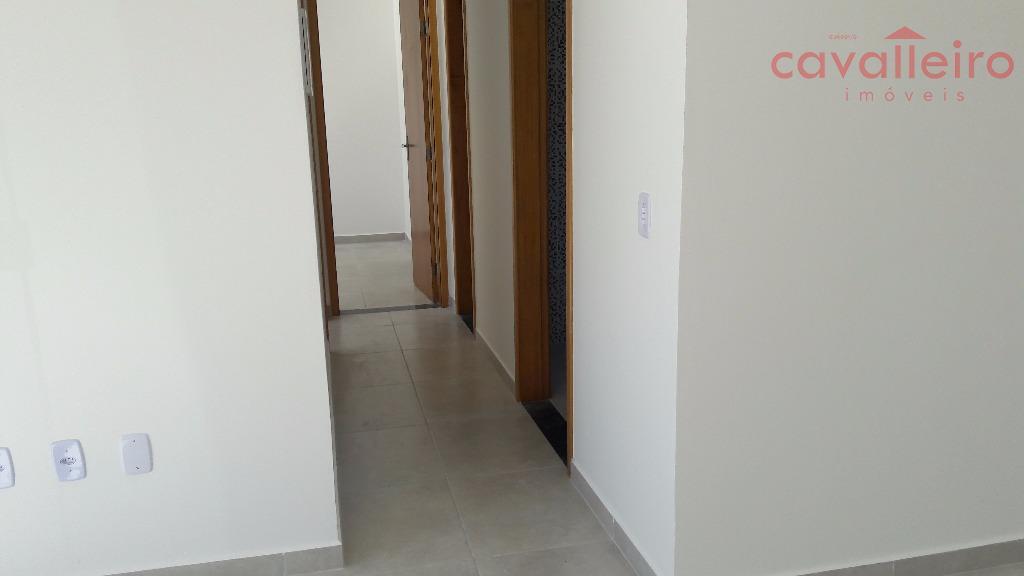 ótima casa em condomínio no bairro de são josé do imbassaí.composta de 2 quartos (sendo 1...