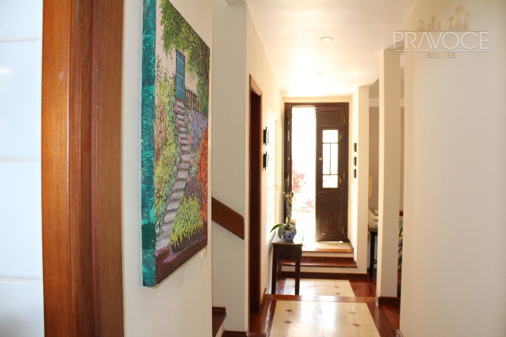 em localização privilegiada, no miolo do condomínio, de fácil acesso por sousas ou pela nova av....