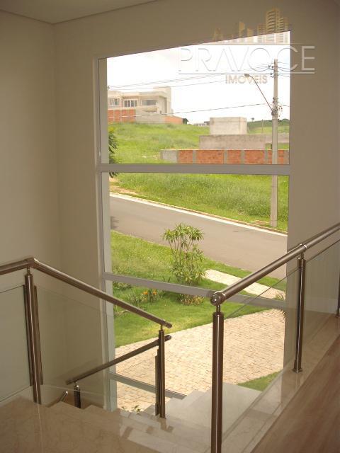 condomínio cercado por muito verde. linda casa com acabamentos impecáveis ! projeto diferenciado com amploespaço gourmet...