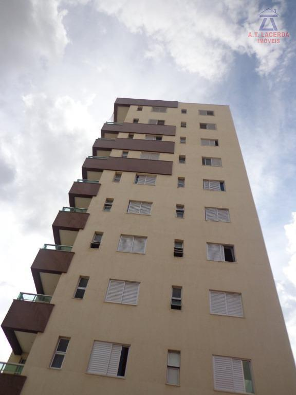 Apartamento residencial para locação, Centro, Montes Claros.
