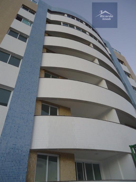 excelente oportunidade no melhor de lauro de freitas, com conforto e segurança. apartamento de 03 quartos,...