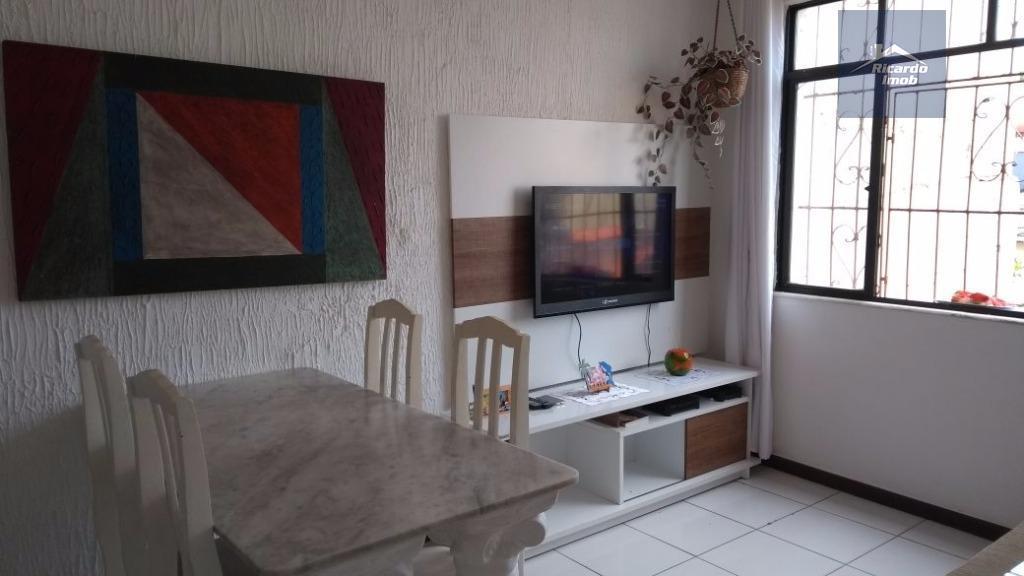 Apartamento residencial à venda, Rio Vermelho, Salvador - AP0070.