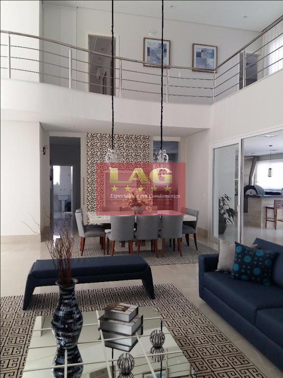 casa à venda no condomínio village castelo em itu, com 4 suítes, 715 m² de área...