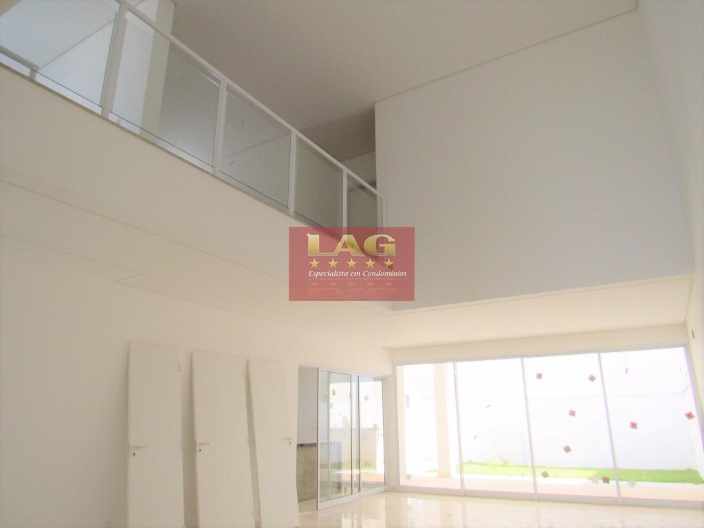 sobrado 03 suítes. casa linda, arrojada e prática, seus ambientes são amplos, claros e com muita...