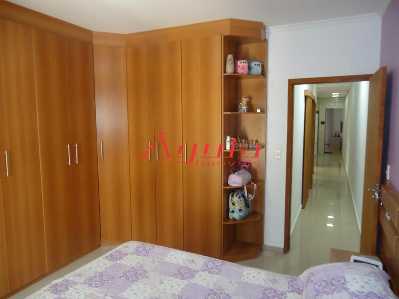 Casa de 2 dormitórios à venda em Vila Francisco Matarazzo, Santo André - SP