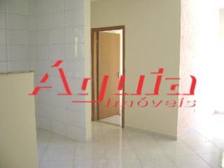 Apartamento de 2 dormitórios em Utinga, Santo André - SP