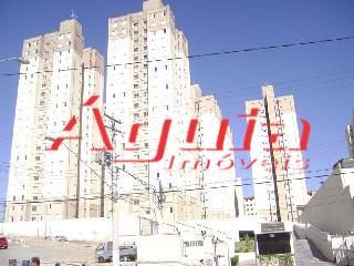 Apartamento de 2 dormitórios à venda em Parque Oratório, Santo André - SP