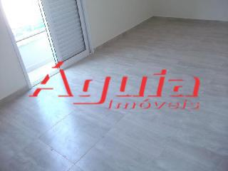 Apartamento de 2 dormitórios em Jardim Santo Antônio, Santo André - SP