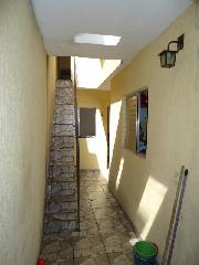 Sobrado de 4 dormitórios em Parque Capuava, Santo André - SP
