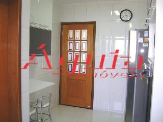 Casa de 2 dormitórios à venda em Vila Sacadura Cabral, Santo André - SP