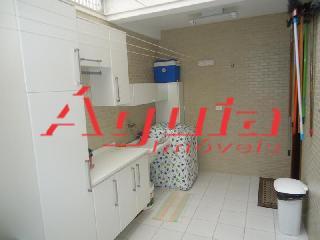 Sobrado de 3 dormitórios à venda em Bangu, Santo André - SP