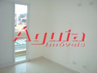 Apartamento de 2 dormitórios em Vila Camilópolis, Santo André - SP