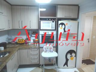 Apartamento de 3 dormitórios em Parque Jaçatuba, Santo André - SP