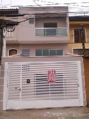 Sobrado de 3 dormitórios em Jardim Rina, Santo André - SP