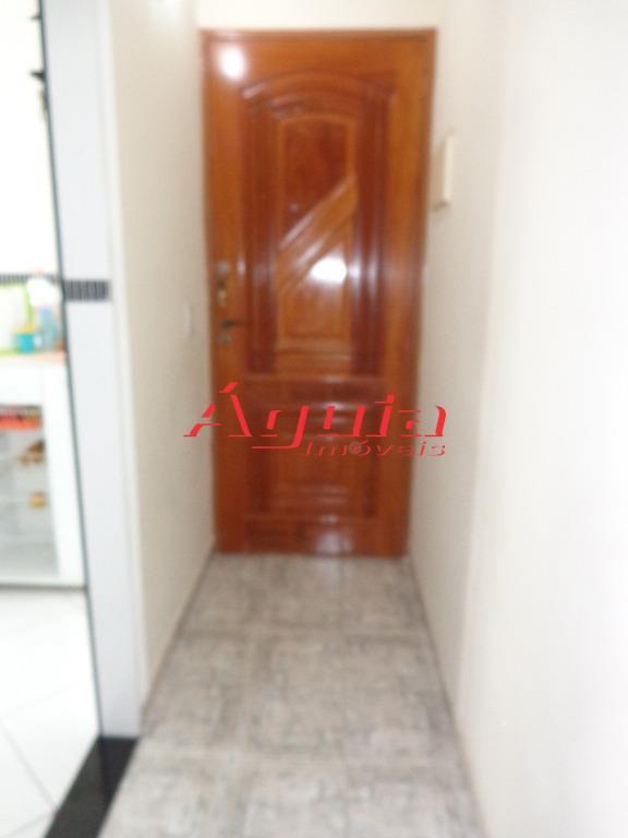 Apartamento de 2 dormitórios à venda em Vila Cardoso Franco, São Paulo - SP