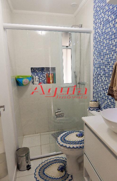 Apartamento de 3 dormitórios em Vila Curuçá, Santo André - SP