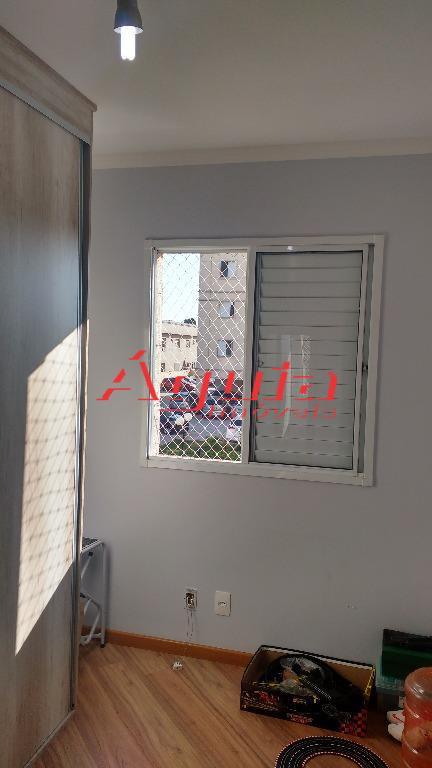 Apartamento de 3 dormitórios à venda em Parque Jaçatuba, Santo André - SP