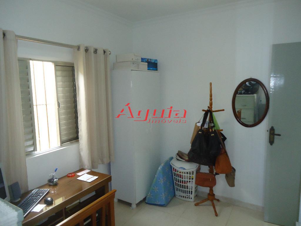 Casa de 2 dormitórios à venda em Parque Novo Oratório, Santo André - SP