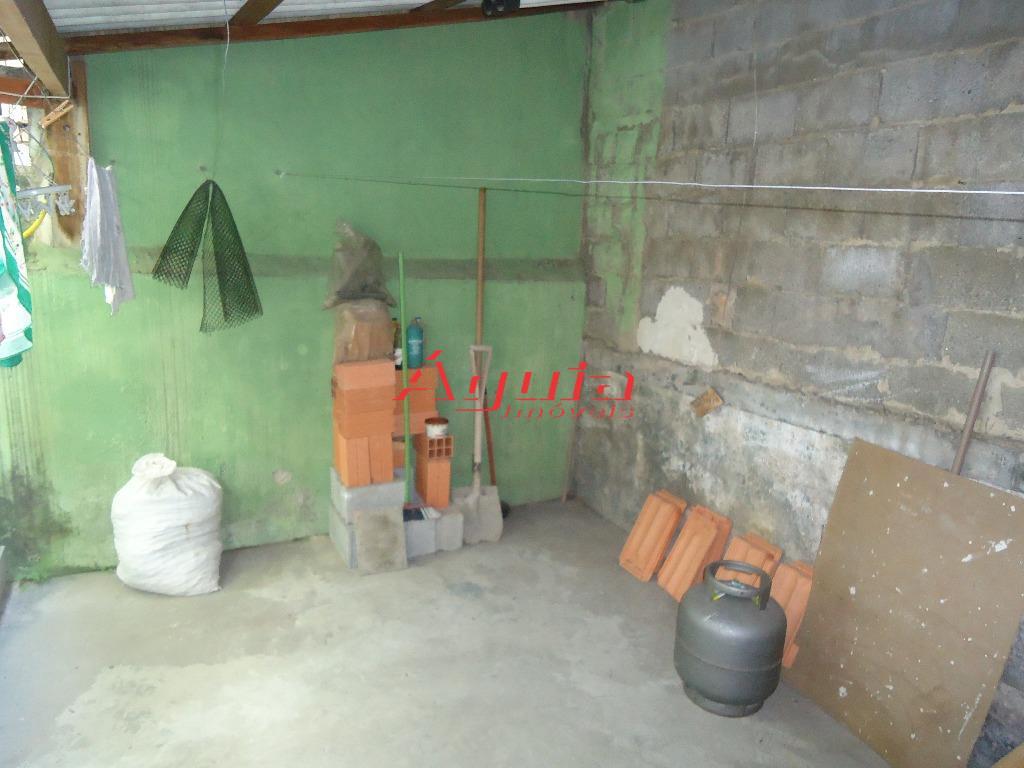 Casa de 2 dormitórios em Parque Novo Oratório, Santo André - SP