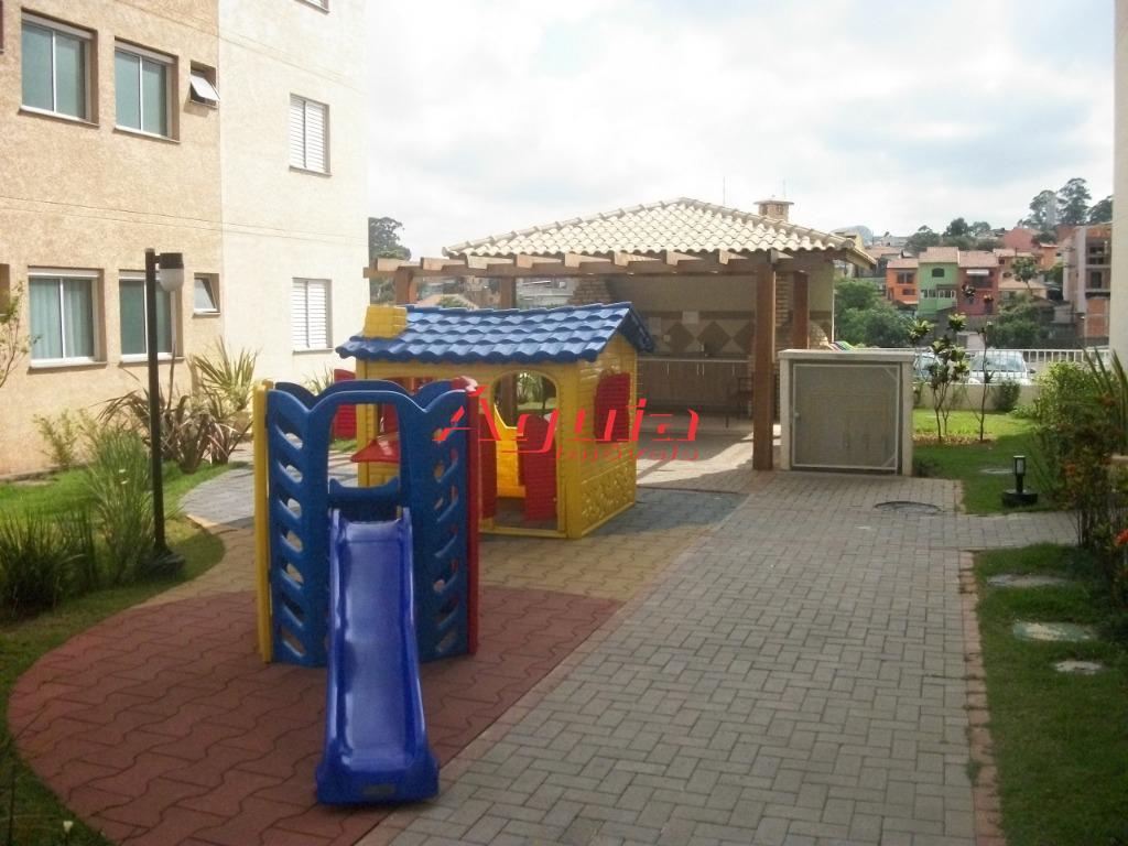 Apartamento de 2 dormitórios em Parque Novo Oratório, Santo André - SP