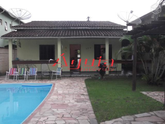 Casa  residencial à venda, Praia da Boracéia, São Sebastião. de Águia Imóveis.'