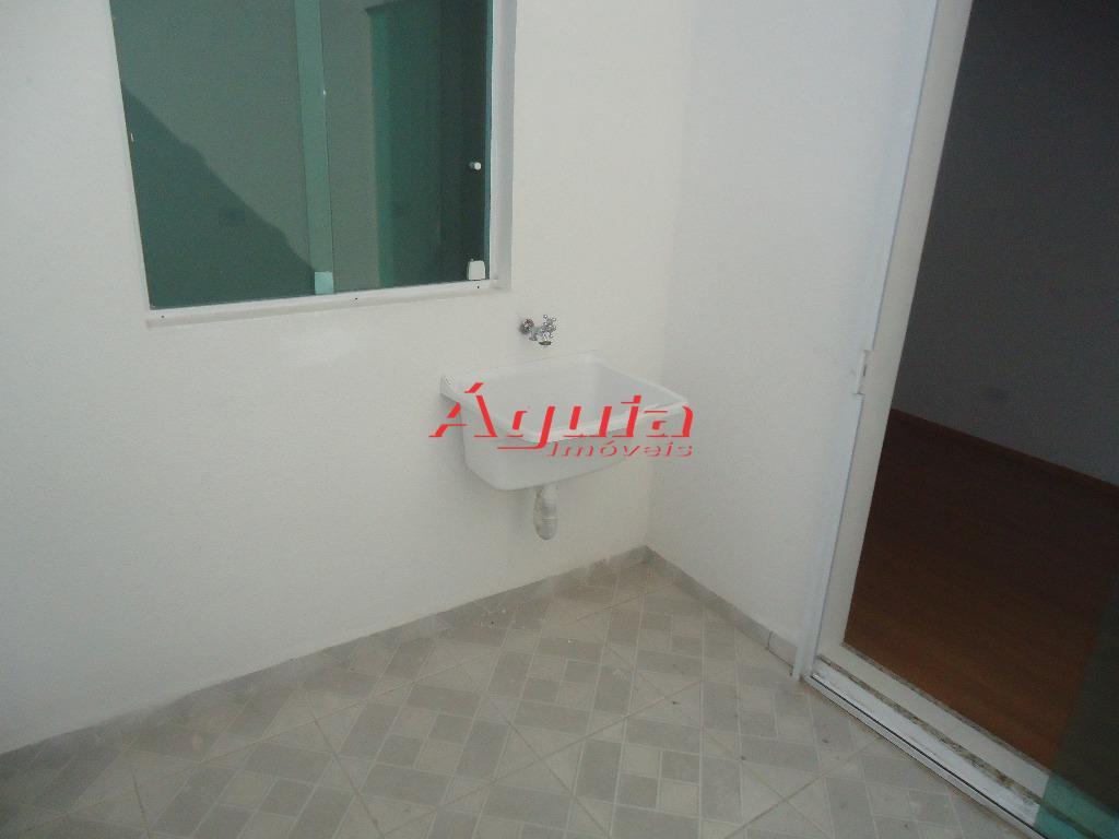 Apartamento de 2 dormitórios à venda em Parque Erasmo Assunção, Santo André - SP