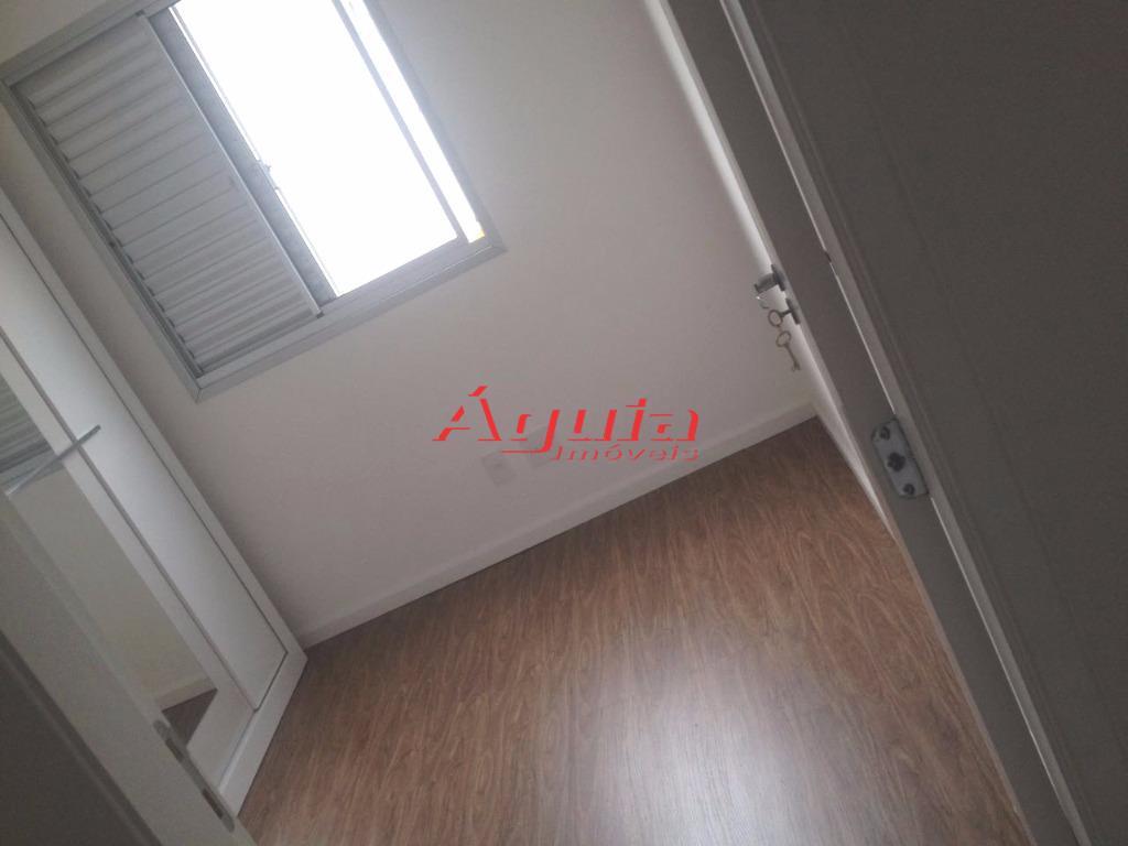 Apartamento de 3 dormitórios à venda em Jardim Utinga, Santo André - SP