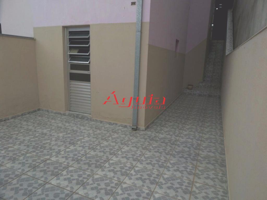 casa pq. novo oratório / 3 dormitórios, suite (c/ box de vidro), sala, cozinha, banheiro (c/...