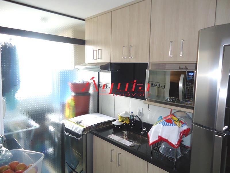 Apartamento de 2 dormitórios à venda em Parque São Vicente, Mauá - SP